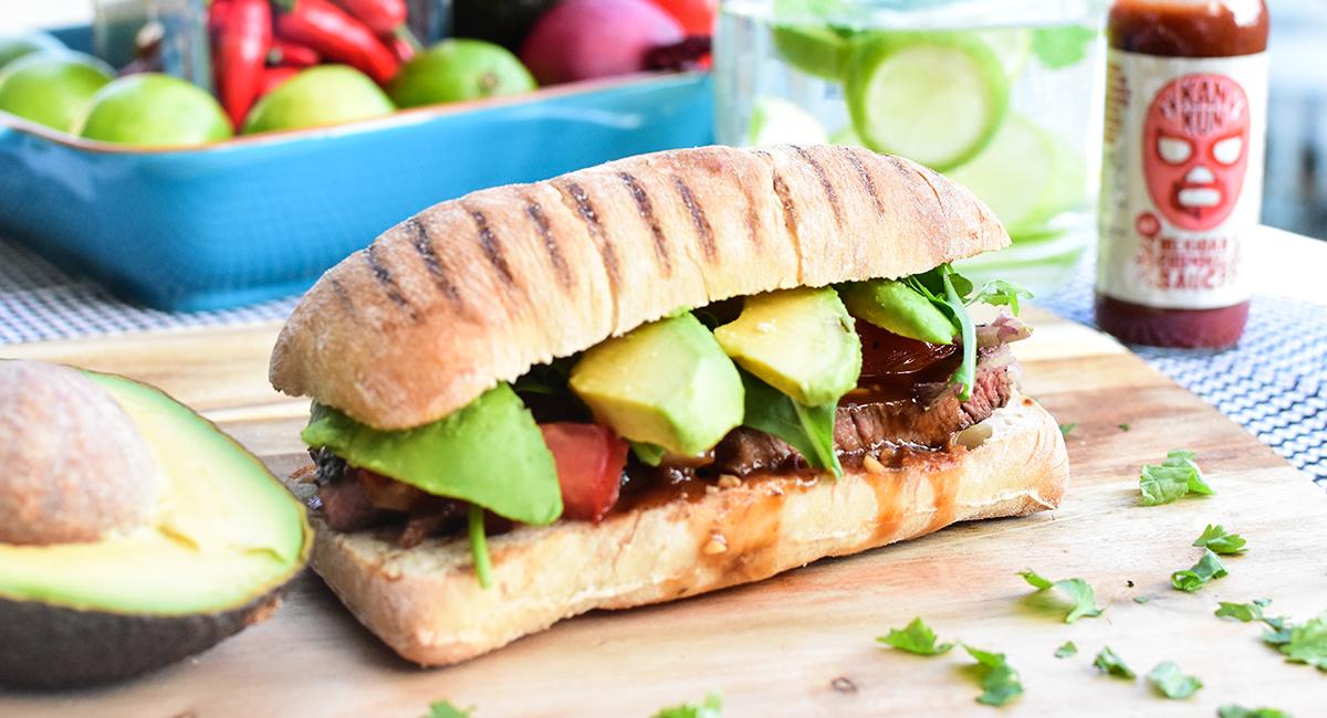 Carne-Asada_sandwich-04.jpg